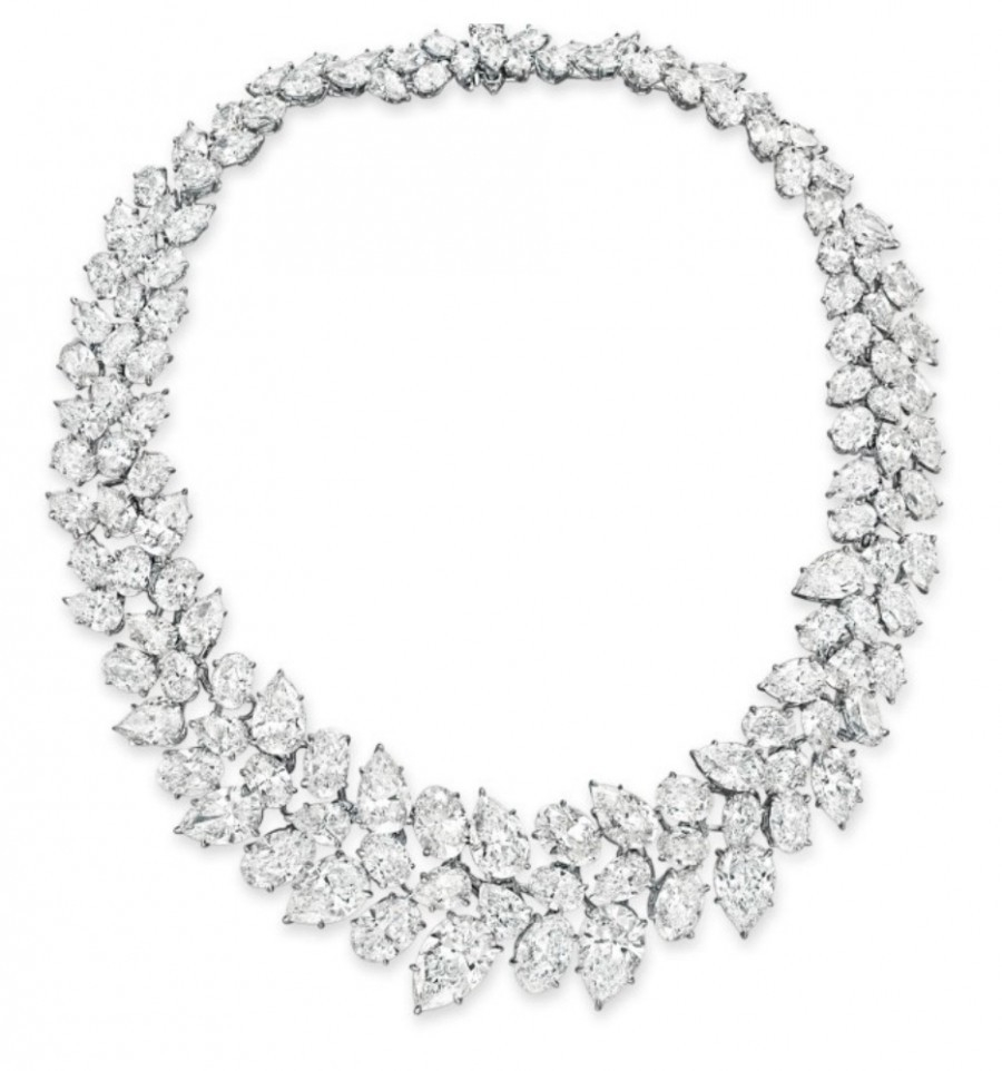 Cluster Diamond Diamond Necklace (Sample Only)
